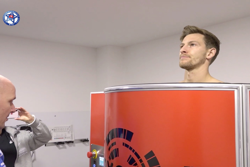 Slovak football players use cryosauna to recover