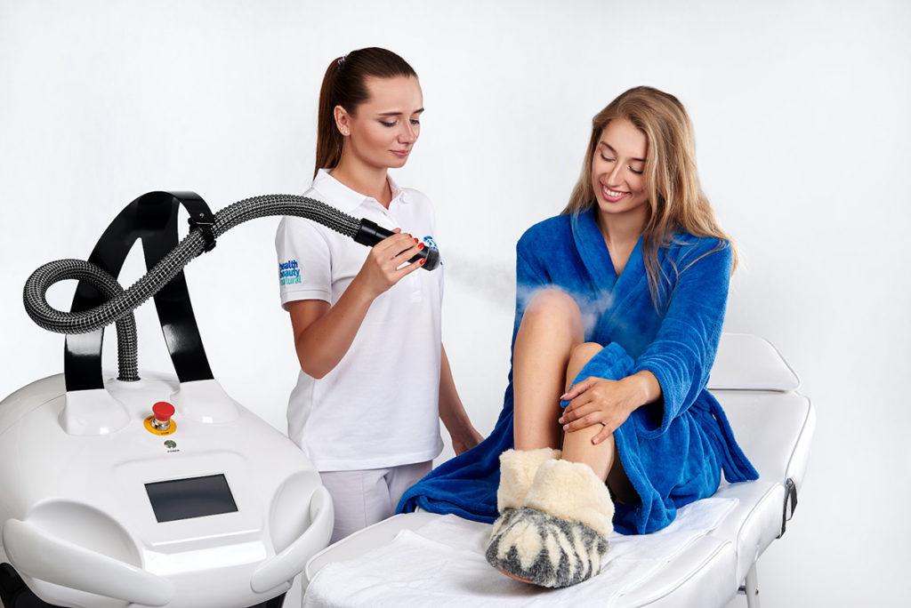 Tvrtka Cryomed pruža obuku osoblja o osnovama krioterapije, kao i o korištenju opreme za krioterapiju