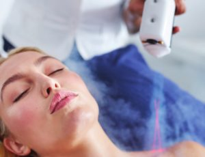 Cryotherapy facial is a natural way to look younger