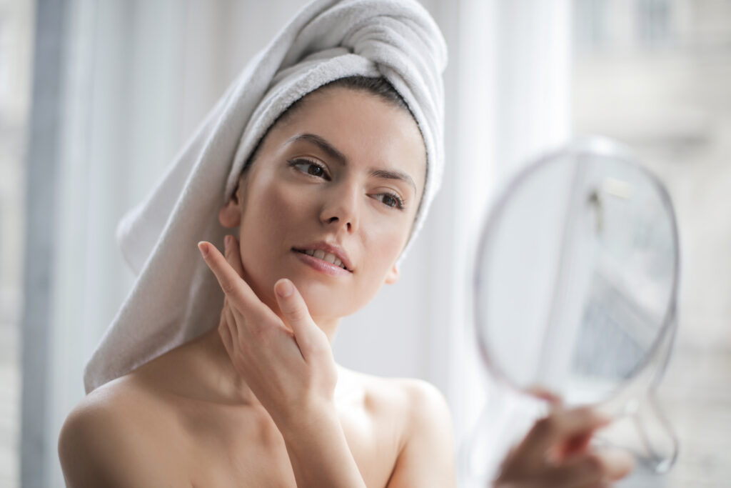 Whole-body cryotherapy for wrinkles prevention
